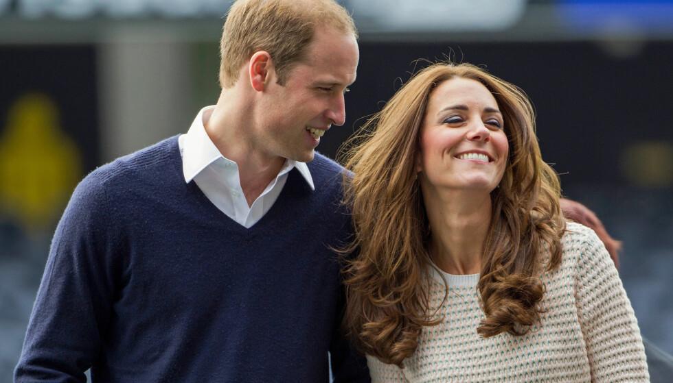 HÆLLENDUSSAN: William kunne giftet seg med et fjernt familiemedlem, men gikk for Catherine. Det kan han umulig angre på. Foto: Reuters / NTB scanpix