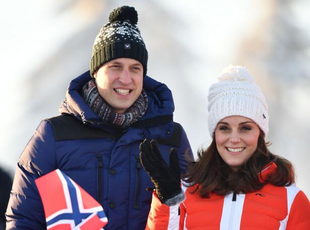 AVSLUTTNING: Prins William og hertuginne Kate avsluttet sitt Norgesbesøk i Holmenkollen. Foto: NTB Scanpix