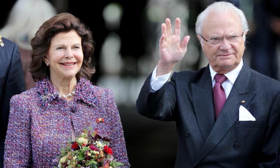 MÅ REISE ALENE: Dronning Silvia og kong Carl Gustav skulle i utgangspunktet reise sammen til Sør-Korea i forbindelse med vinter-OL. Foto: NTB scanpix
