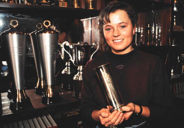 <strong>DEDIKERT:</strong> Som hundekjører tok Lena Boysen Hillestad sitt første senior NM-gull som 20-åring, og har siden den gang vunnet totalt 25 VM-gull, 15 EM-gull og 28 NM-gull, i tillegg til 4 kongepokaler. Foto: Privat
