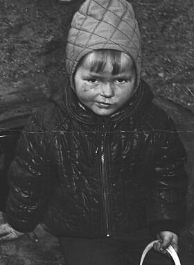 <strong>- BESKJEDEN:</strong> Lena Boysen Hillestad beskriver seg selv som en guttejente som blant annet likte å leke med lastebiler. Foto: Privat