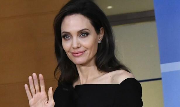HEVNGJERRIG?: Skuespiller Angelina Jolie skal lenge ha ønsket å samarbeide med eksmannen til Jennifer Aniston, Justin Theroux, og det kan by på dramatikk. Foto: NTB Scanpix
