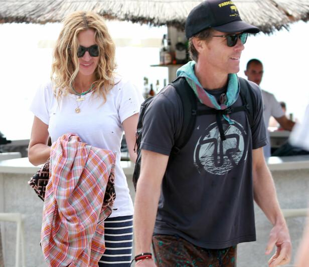 <strong>VIL UNNGÅ SKILSMISSE:</strong> Julia Roberts skal ha kjøpt en egen surfestrand til ektemannen Danny Moder for å unngå en skilsmisse. Foto: NTB Scanpix.