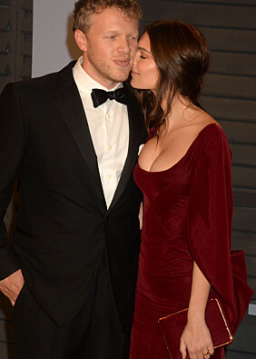 FORELSKET: Modellen og ektemannen skjulte ikke følelsene for hverandre. Foto: NTB scanpix