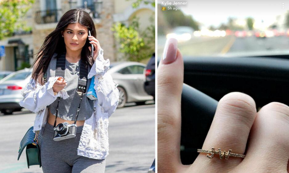 FORLOVET?: Kylie Jenner får fansen til å spekulere nok en gang med denne ringen. Foto: NTB Scanpix / Skjermdump, Snapchat