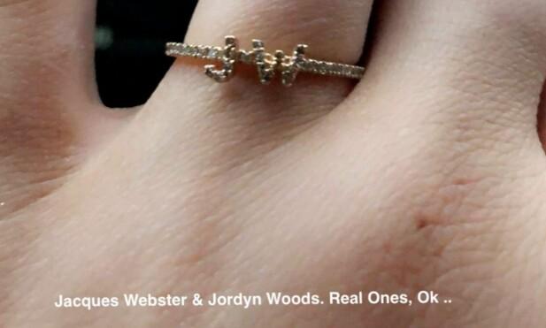 KJÆRESTEN OG BESTEVENNINNA: Kylies nye ring er et symbol på både kjæresten og bestevenninna Jordyn. Foto: Skjermdump Snapchat