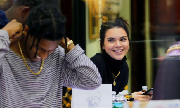 FLØRT: Kendall og A$AP Rocky ble koblet sammen i fjor. Foto: Splash News