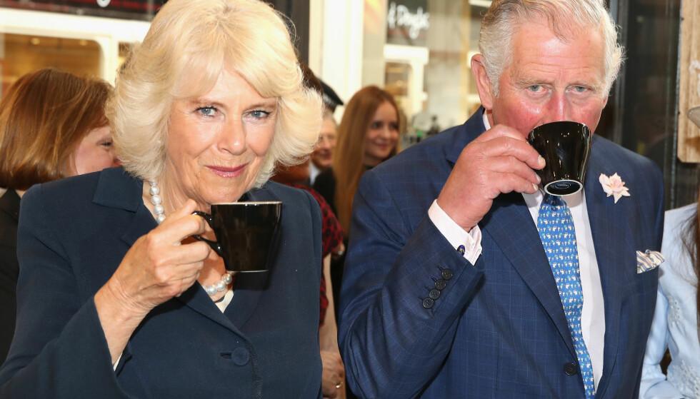 VANSKELIG: Camilla og prins Charles er i dag gift og lever i harmoni sammen. Slik har det derimot ikke alltid vært. Da begge var gift med andre, slo pressen opp private og pikante telefonsamtaler de to hadde. Foto: NTB scanpix