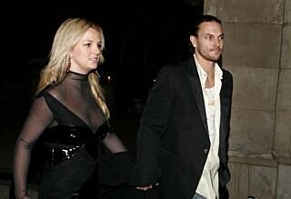 - Eksen vil gå rettens vei for å få mer penger fra Britney