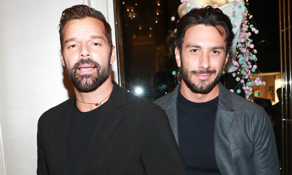 FORELSKET: Sanger Ricky Martin giftet seg med ektemannen Jwan Josef tidligere i år. Nå røper han hvordan de falt for hverandre. Foto: NTB scanpix