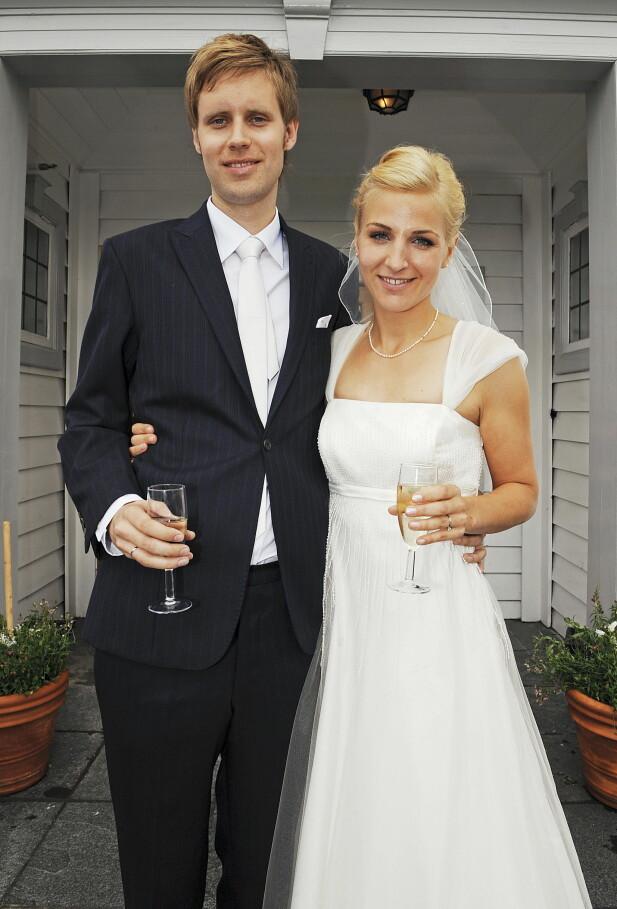 STØDIG PAR: I sommer kan Guri Solberg og ektemannen feire ti år som ektepar. Foto: Anders Martinsen/ Se og Hør