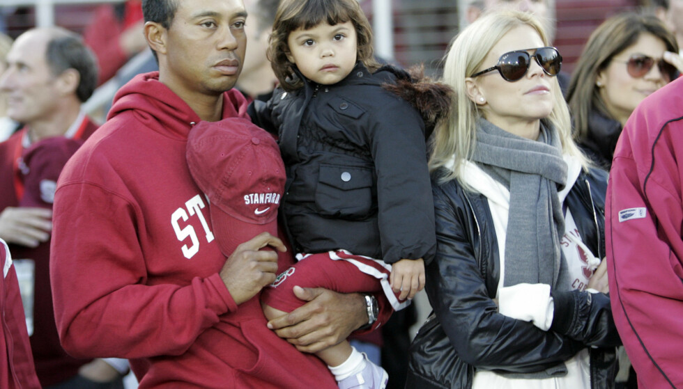 FORELDRE: Tiger og Elin har barna Charlie Axel og Sam Alexis sammen. Her med datteren Sam i 2009. Foto: AP