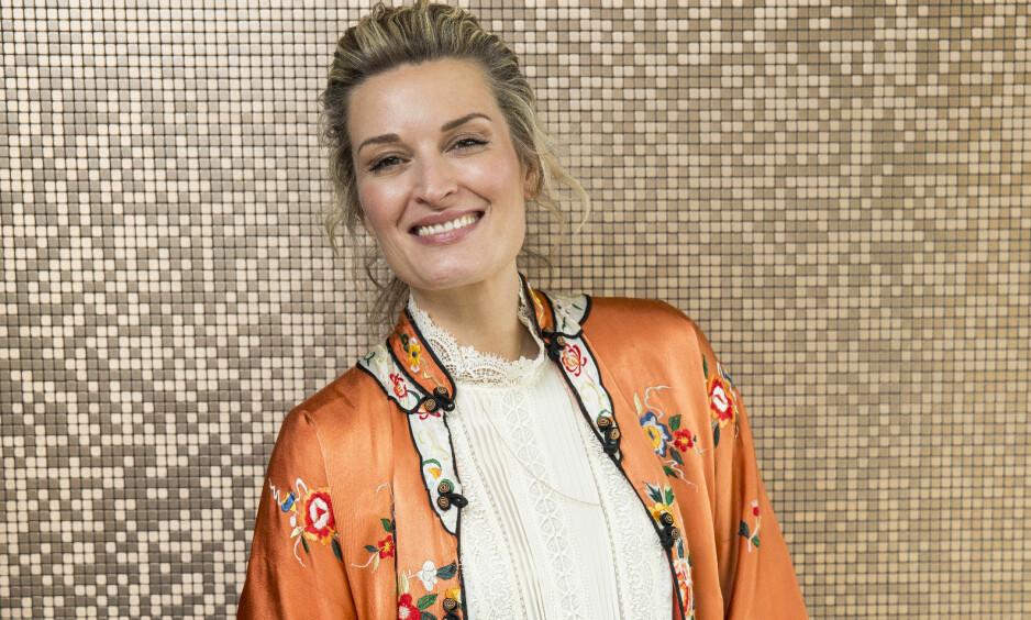 ÅPNER OPP: Artist Lise Karlsnes er lykkelig i et forhold om dagen, men ønsker seg ikke barn. Det er det også en grunn til, forteller hun åpent. Foto: Espen Solli / Se og Hør