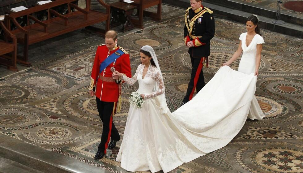 <strong>DEN STORE DAGEN:</strong> Prins Harry og Pippa Middleton var begge forlovere for sine eldre søsken, prins William og Kate Middleton, da de to sistnevnte giftet seg den 29. april 2011. Foto: AP/ NTB scanpix
