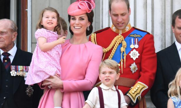 FIKK EN LILLEBROR: Hertugparet har barna prinsesse Charlotte og prins George fra før. Nå har de fått et nytt familiemedlem. Foto: NTB scanpix
