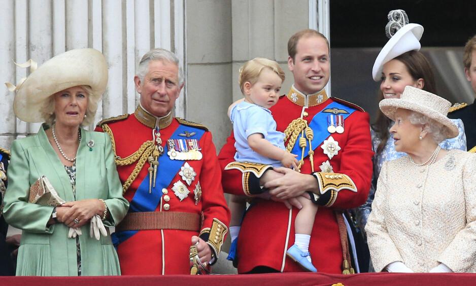 IKKE TIL STEDE: Prins Charles var bortreist da hertuginne Kate og prins William denne uken fikk sitt tredje barn sammen. Foto: NTB scanpix