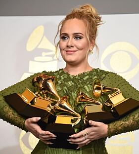 SUKSESS: 2017 var et stort år for Adele, da hun vant hele fem «Grammy»-priser. Foto: AFP / Robyn BECK