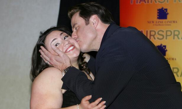 <strong>BESTEVENN:</strong> I «Hairspray» spiller John Travolta og Nikki Blonsky mor og datter. I virkeligheten fikk de et like sterkt forhold. Foto: NTB Scanpix.