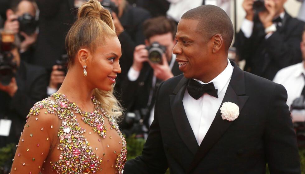 DONERTE RING: Beyoncé har donert bort svindyr ring hun har fått i gave fra ektemannen, designet av den anerkjente Glenn Spiro Foto: NTB Scanpix