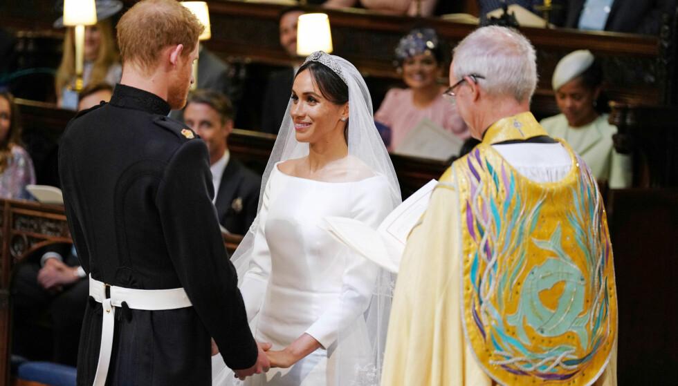 VAKKER VIELSE: Prins Harry og Meghan Markle rørte utvilsom både bryllupsgjestene og tv-seerne under vielsen. Foto: NTB scanpix