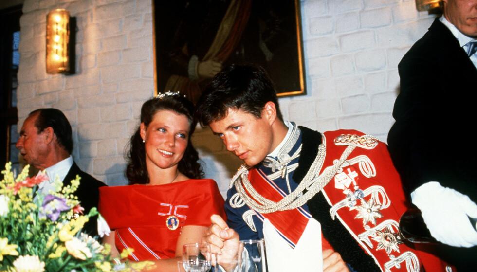I ARV: Kronprins Frederik er førstemann i den danske tronfølgen. Hans førstefødte sønn, prins Christian, er på en god andreplass. Her med prinsesse Märtha Louise i 18-årsdagen til kronprins Haakon i 1991. Foto: Engmann / Billedbladet / NTB scanpix