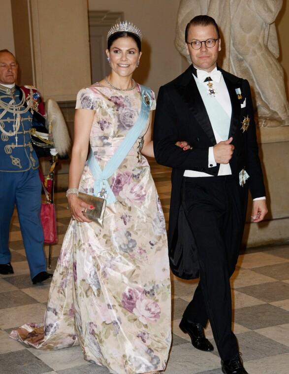 PÅ FEST: Det svenske kronprinsparet. Foto: NTB Scanpix