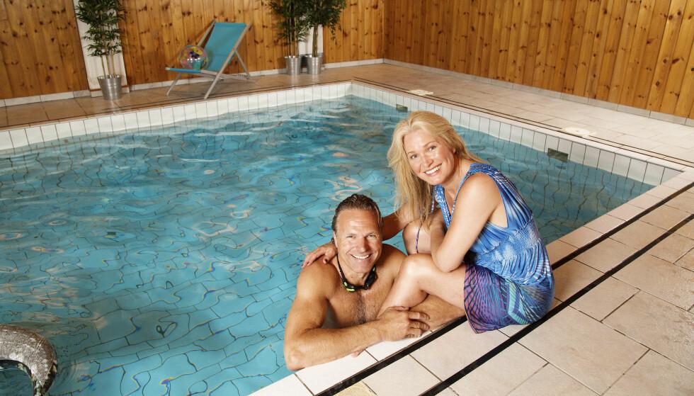 BASSENGMORO: I huset er det også et svømmebasseng som ble flittig benyttet. Foto: Morten Eik/ Se og Hør