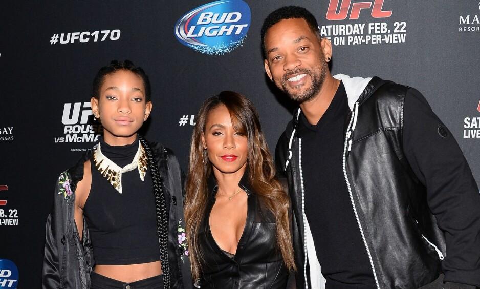 <strong>BLE FERSKET:</strong> Willow Smith avslører at hun tok foreldrene sine, Jada Pinkett Smith og Will Smith, på fersken som liten. Foto: NTB Scanpix
