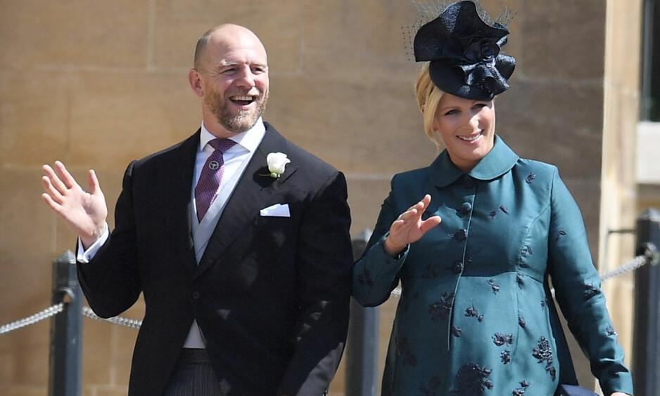 TOBARNSFORELDRE: Mandag kunne ekteparet Zara Tindall og Mike Tindall glede seg over å bli foreldre for andre gang, til en liten jente. Her er de avbildet i prins Harry og Meghans bryllup for én måned siden. Foto: NTB Scanpix