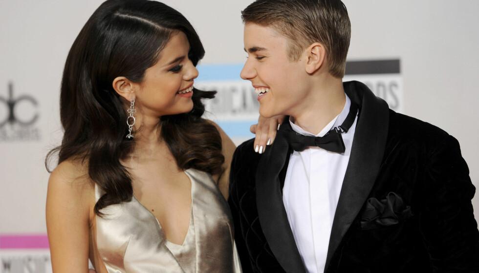 EKSEN: Selena Gomez og Justin Bieber var blant Hollywoods mest profilerte par fra 2011 til 2013. Tidligere i år hadde de en kortvarig gjenforening, før Bieber kort tid etter forlovet seg. Foto: NTB Scanpix