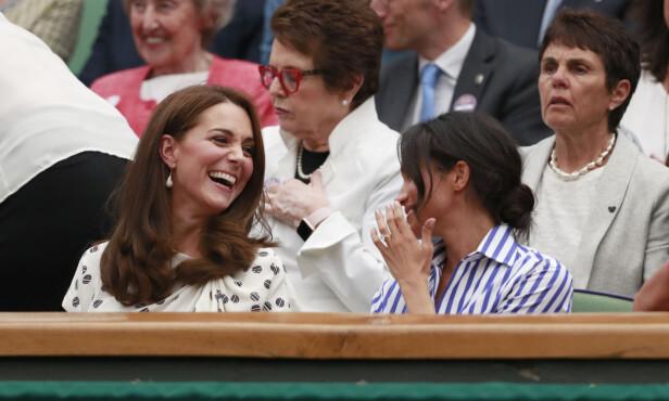 IKKE VENNER: Selv om det tilsynelatende så ut til at Kate og Meghan hadde kommet godt overens tidligere i år, viser det seg derimot at de likevel skal ha et anspent forhold. Foto: NTB Scanpix