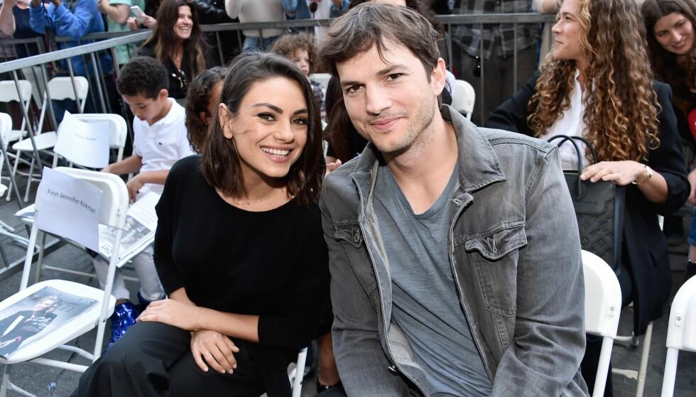TOBARNSFORELDRE: Mila og Ashton er lykkelig gift og har to barn sammen. Foto: NTB Scanpix
