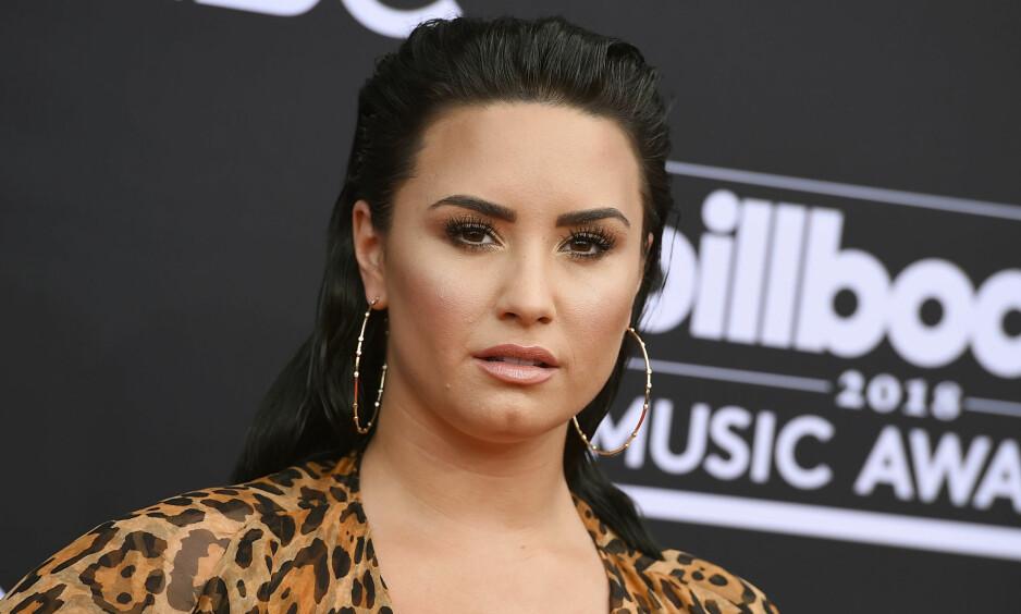 HASTET TIL SYKEHUS: Demi Lovato innrømmet nylig at hun ikke lenger er edru. Tirsdag ble hun fraktet til sykehus etter det som trolig er en heroinoverdose. Foto: NTB scanpix