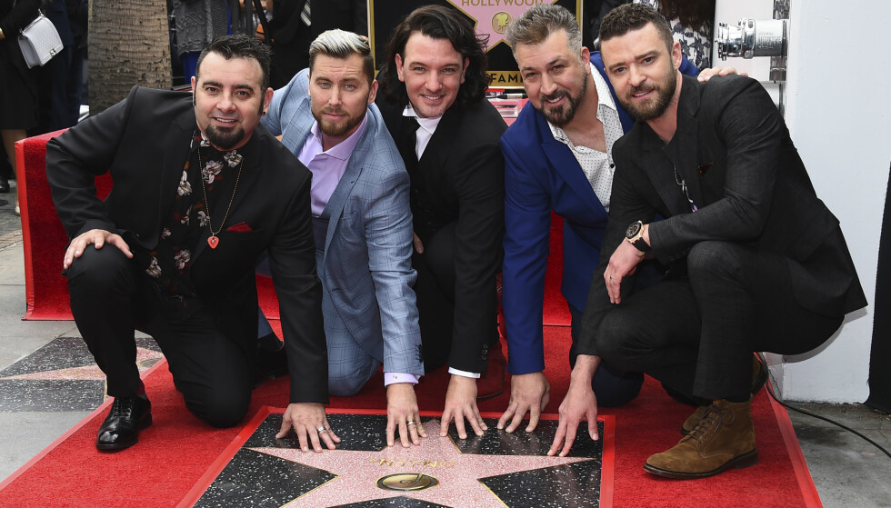 <strong>SAMMEN IGJEN:</strong> Alle medlemmene av 'N Sync var til stede da de tidligere i år fikk sin egen stjerne på Hollywoods «Walk of Fame». Foto: NTB Scanpix