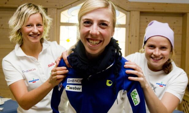 PÅ SAMME LAG: Vibeke Skofterud her sammen med Kristin Størmer Steira og Marthe Kristoffersen i 2010. Foto: NTB Scanpix