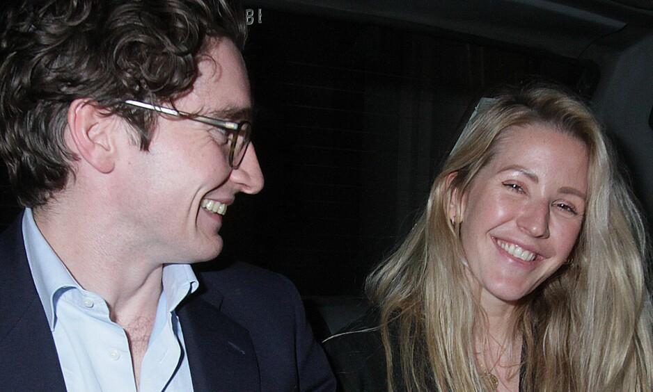 FORLOVET: Sangeren Ellie Goulding har forlovet seg med kjæresten Caspar Jopling etter 18 måneder som kjærester. Foto: NTB Scanpix