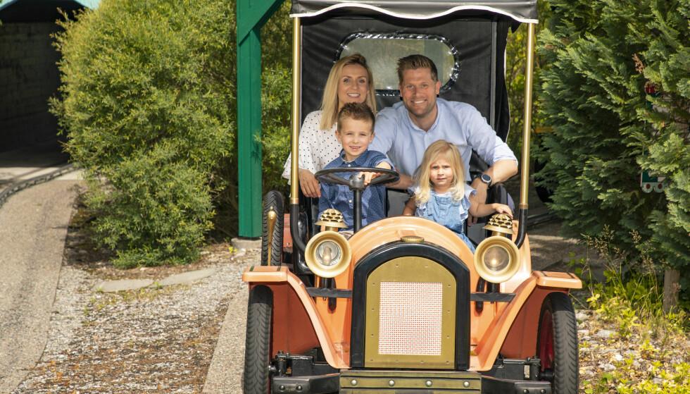 MORO: Familien koste seg på TusenFryd. Foto: Tor Lindseth / Se og Hør