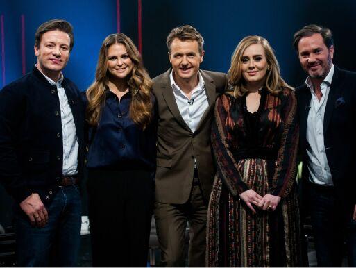TV-STJERNE: Jamie Oliver gjestet «Skavlan» sammen med prinsesse madeleine, Adele og Chris O'Neill i 2015. Foto: REX Shutterstock/ NTB scanpix