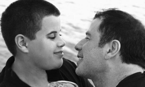 STOR SORG: John Travolta og kona Kelly Preston opplevde sitt livs mareritt da sønnen Jett døde under en ferie på Bahamas. Foto: NTB scanpix