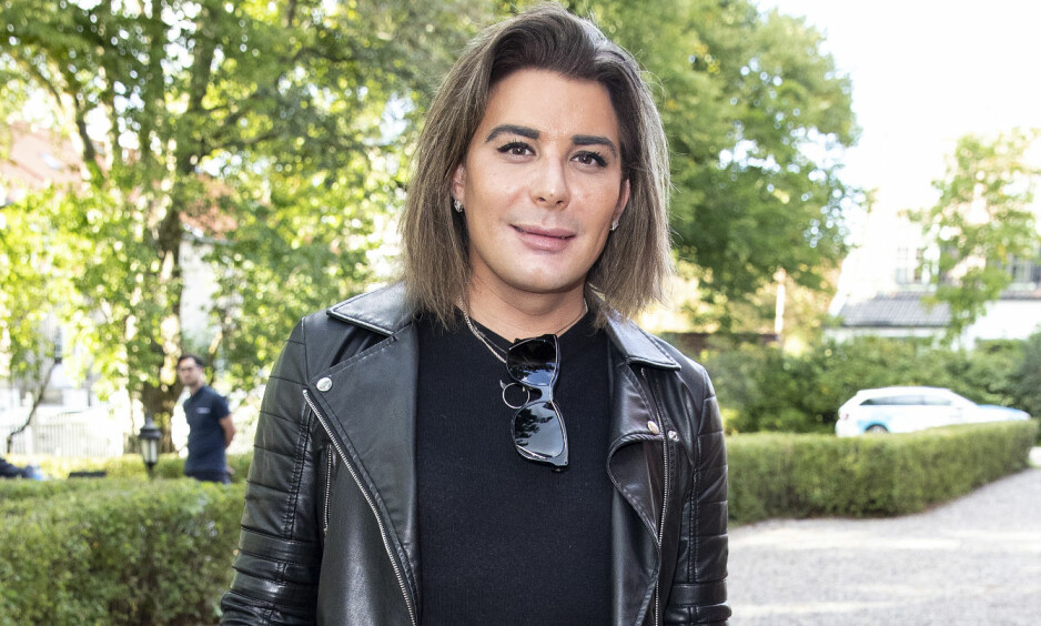 STOR SORG: TV-profil og stylist Erlend Elias Bragstad har vært gjennom en svært vanskelig tid den siste måneden, etter at hans kjære far gikk bort. Foto: Andreas Fadum