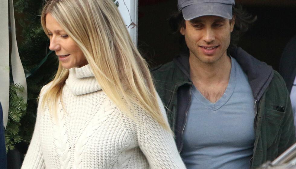 RETTE EKTEFOLK: Gwyneth Paltrow og Brad Falchuk giftet seg i helgen i et storslått kjendisbryllup. Foto: NTB scanpix