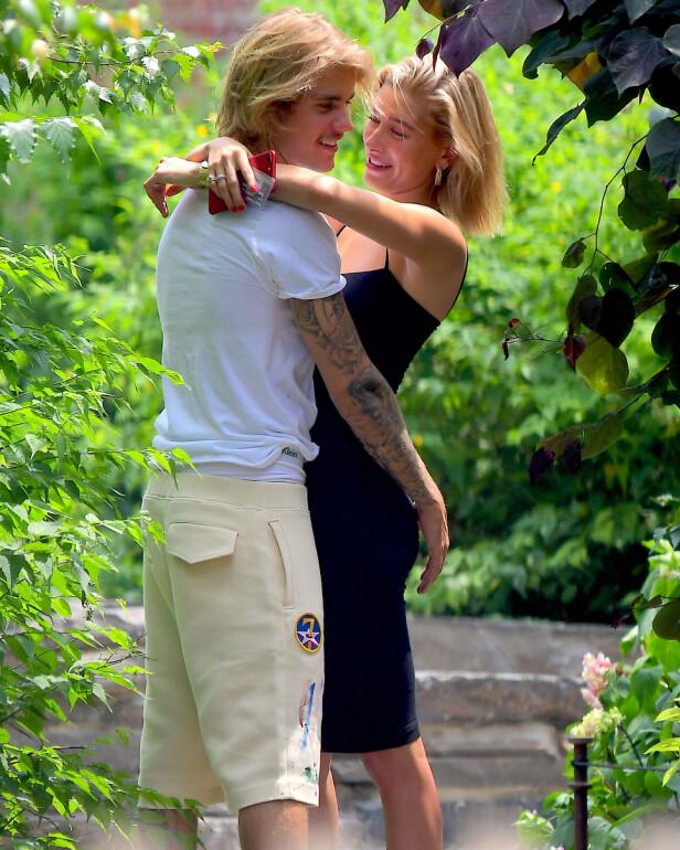 VISTE SIN KJÆRLIGHET: Justin Bieber og Hailey Baldwin ble fotografert sammen hyppig etter forlovelsen. Foto: NTB scanpix