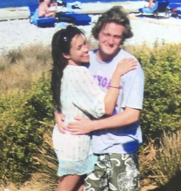 VAR FORELSKET: Meghan og Trevor var sammen i seks år før de giftet seg i 2010. Foto: Splash News, NTB scanpix