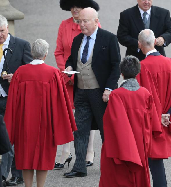 FAMILIEVENN: Julian Alexander Kitchener-Fellowes, baron Fellowes av West Stafford, ankom tidlig. Foto: NTB scanpix