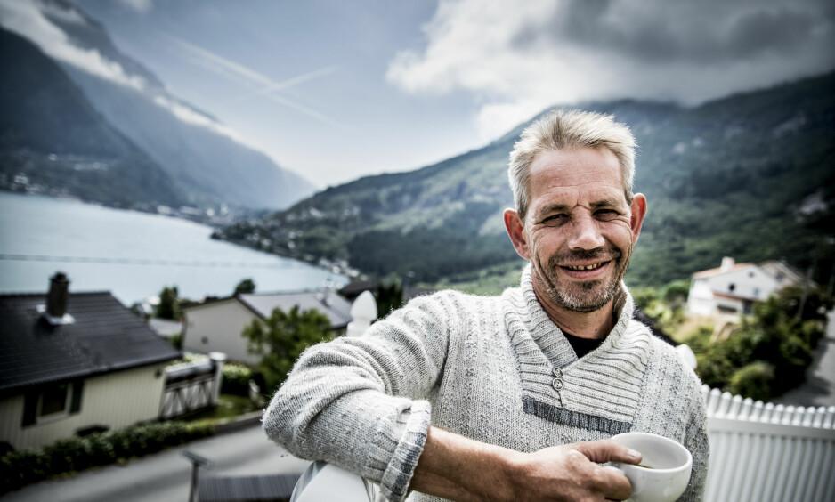 GLADNYHET: Leif Einar Lothe (49) har de siste månedene blitt behandlet for strupekreft. Torsdag formiddag var han på sin første kontroll etter å ha avsluttet strålebehandlingen i desember. Foto: Christian Roth Christensen / Dagbladet
