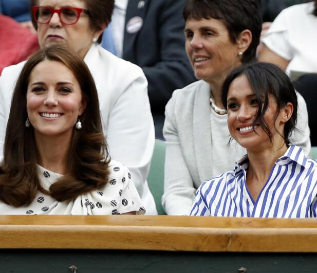 IKKE KVALM: Hertuginne Meghan skal ha vært i god form så langt i graviditeten. Dette i motsetning til hertuginne Kate (t.v.), som har slitt mye med kraftig svangerskapskvalme i sine tre svangerskap. Foto: NTB scanpix