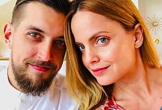 «Ingen» visste at de var forlovet - nå er de gift!