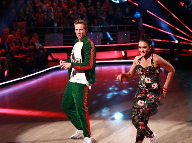 VIDERE: Jan Gunnar og Rikke måtte i danseduell forrige lørdag, men sikret seg videre. Foto: Thomas Reisæter / TV 2