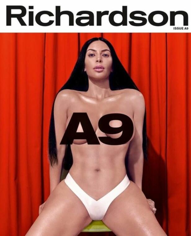 <strong>SNAKKER UT:</strong> Kim Kardashian pryder forsiden av Richardson Magazines jubileumsutgave, der hun blant annet snakker om sexvideolekkasjen. Foto: Faksimile