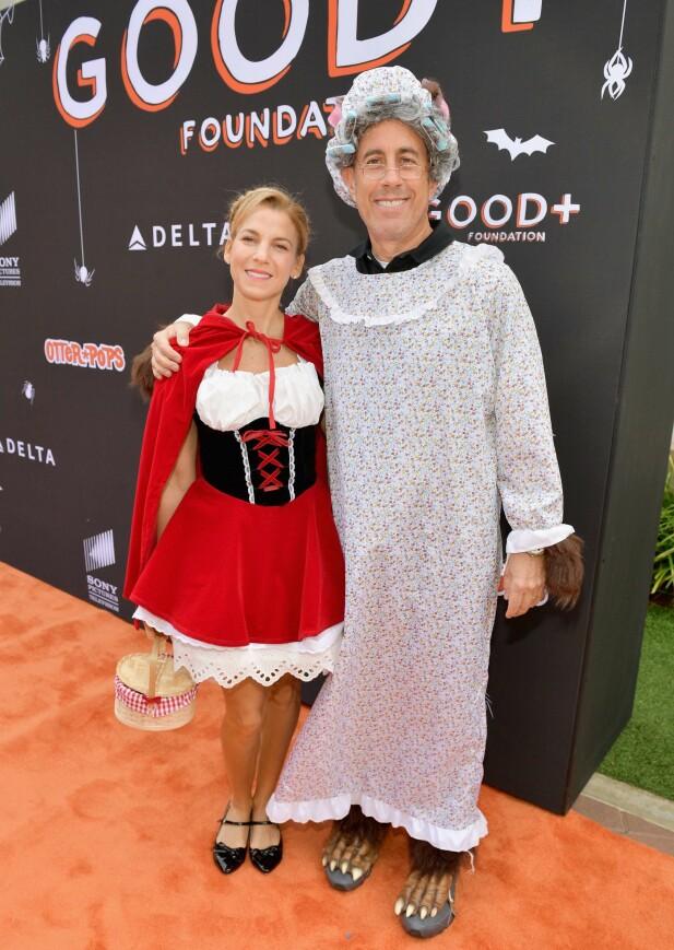 <strong>ARRANGERTE FEST:</strong> Jessica og Jerry Seinfeld arrangerte i helgen sin tredje årlige halloween-fest, på vegne av GOOD+ Foundation, som ble grunnlagt av Jessica Seinfeld. Foto: NTB scanpix